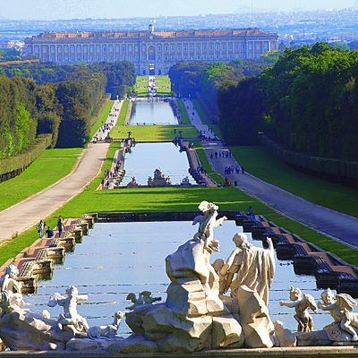 CHAUFFERED TOUR TO CASERTA ROYAL PALACE FROM ROME (P17)